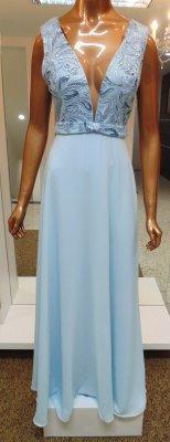 8500af30b Vestido longo azul claro c/ busto bordado