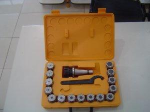 Jogo de Pinças ER40 ( 2 a 26 mm) 15 pc
