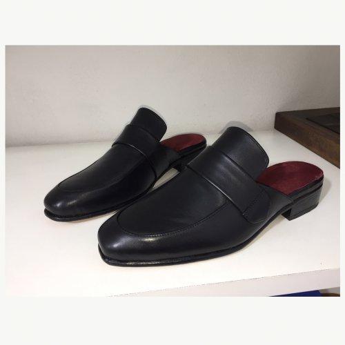 Sapato Mule de Couro Venezia Preto
