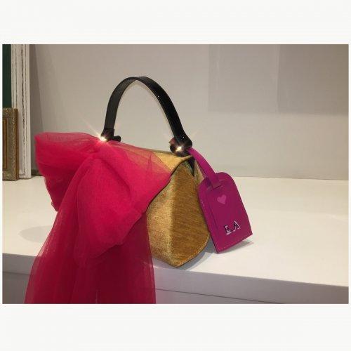 Bolsa La Nave edição especial Valli Pink com tag personalizada
