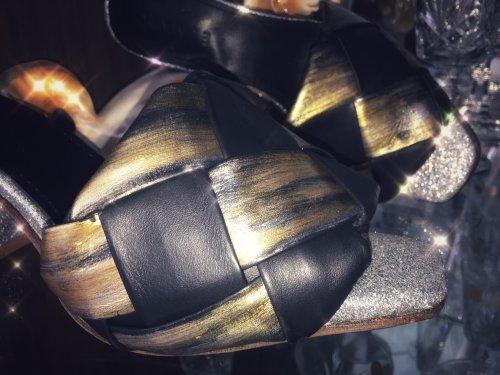Tamanco feminino Intrecciato feito à mão