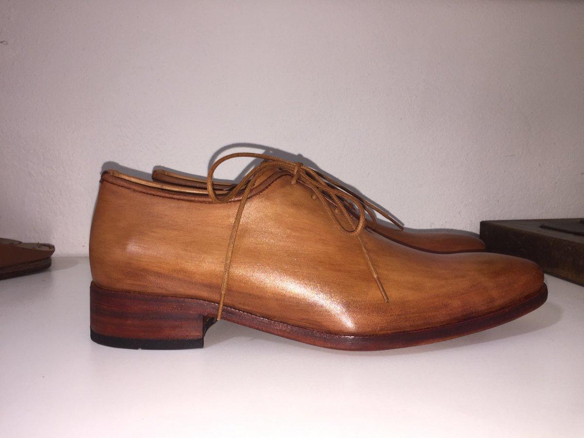 Sapato Oxford Mauro no couro marrom claro - Sapatos E. Marchi