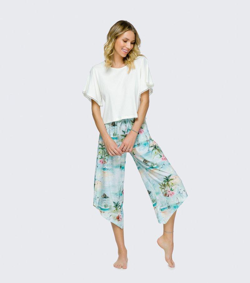 Pijama Manga Curta com Calça Pantacourt - 12110