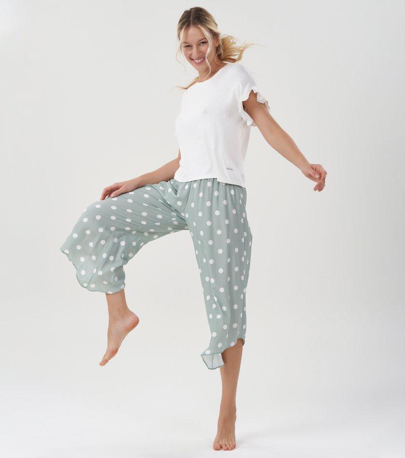 Pijama Manga Curta Com Calça Pantacourt - 11120