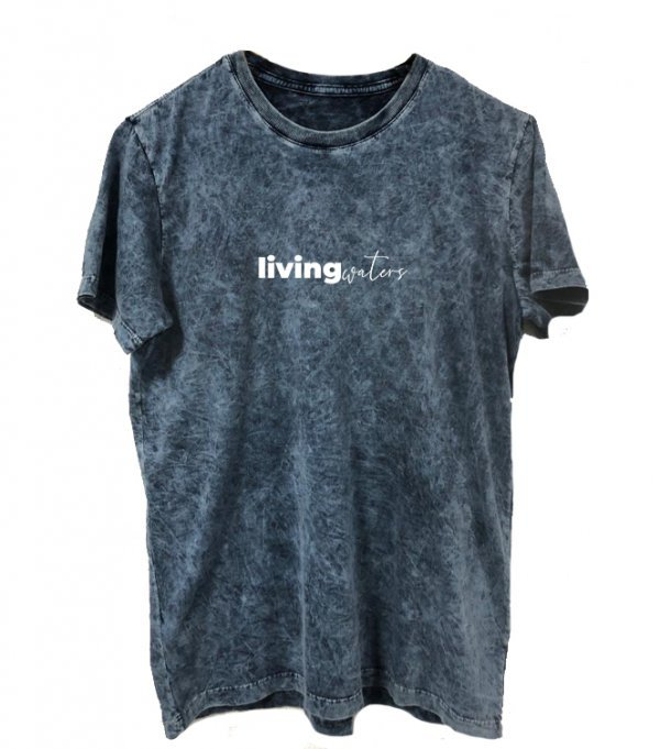 CAMISETA REGULAR AZUL OCEAN - LIVING WATERS - ESTAMPA BRANCA