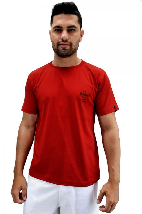 Camiseta com estampa lateral