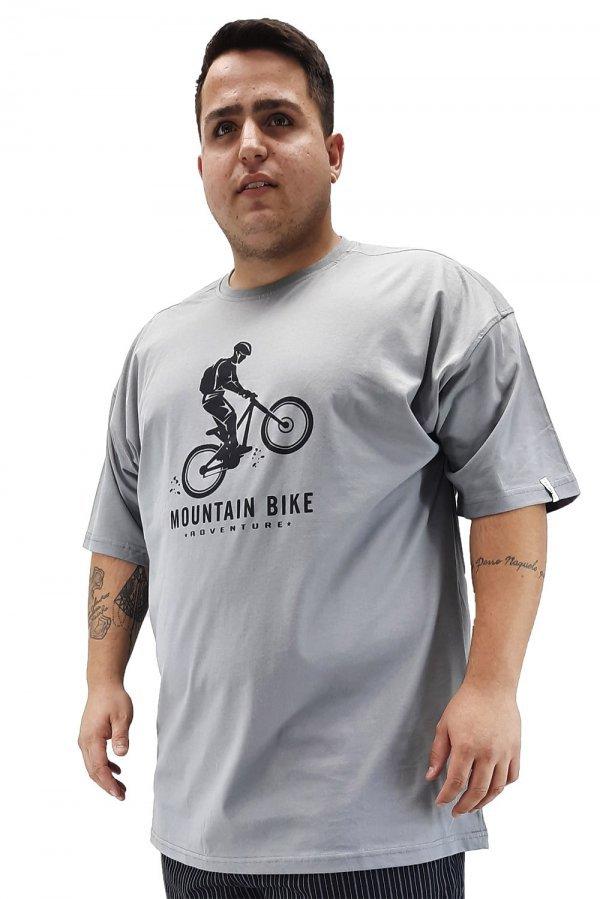 Camiseta tradicional estampada Plus Size +